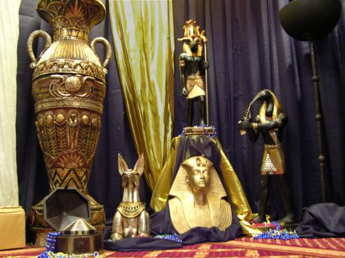 Egypt - Assorted Props and Decor