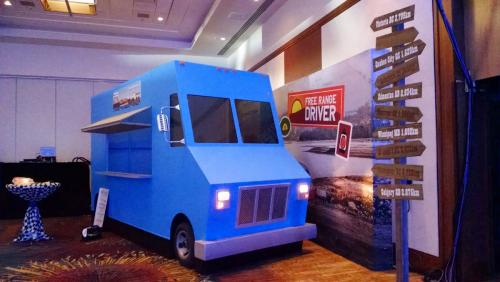 Food Truck Prop - Blue - 3-sided