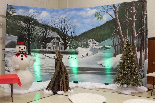 Holiday - Winter Scene Backdrop - Snowman - Campfire Scene
