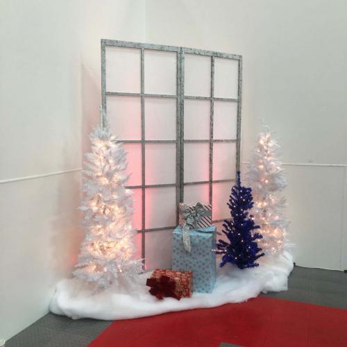 Holiday Decor Vignettes