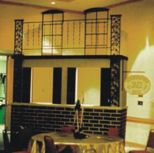 New Orleans - Mardi Gras Theme - Preservation Hall Bar Station