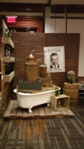 Speakeasy - Bathtub Gin Still - Bar Station