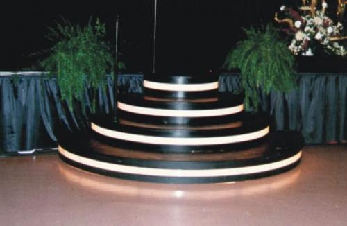 Stage Steps - Curved Lighted Black