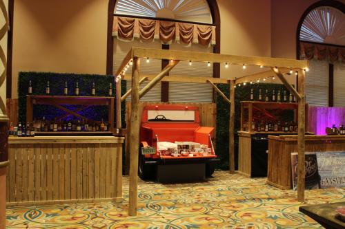 Tailgate Theme - Bar Station